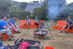Lagerfeuer und Pfadfinderlieder